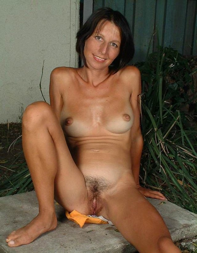 Radha mitchell boob size