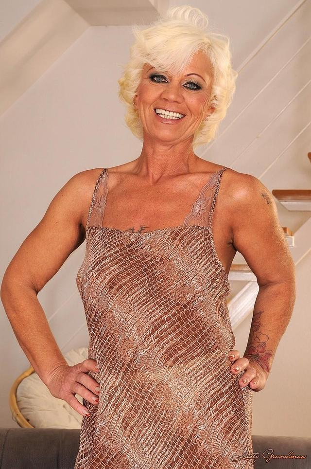 hard core mature pics media original old hairy hardcore blondy dame