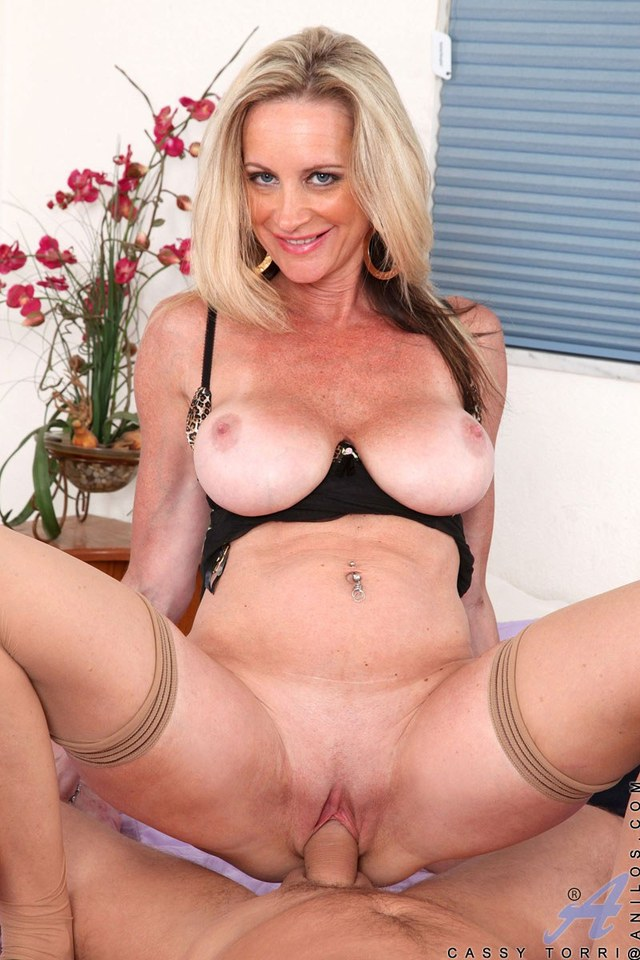 horny mature porn pictures pics hardcore milf blonde hot busty horny gets fucked stud hard cougar anilos cassy torri