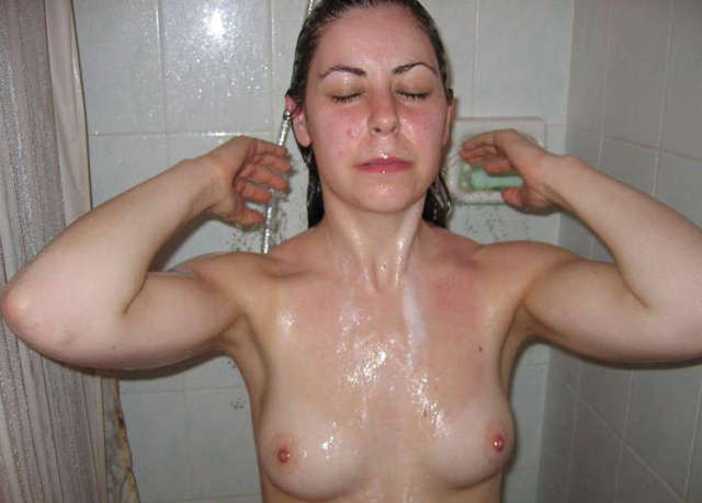 horny milf galleries galleries milf horny showing showering