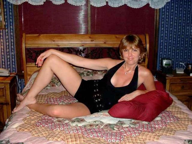 horny milf images pics milf horny bed laying