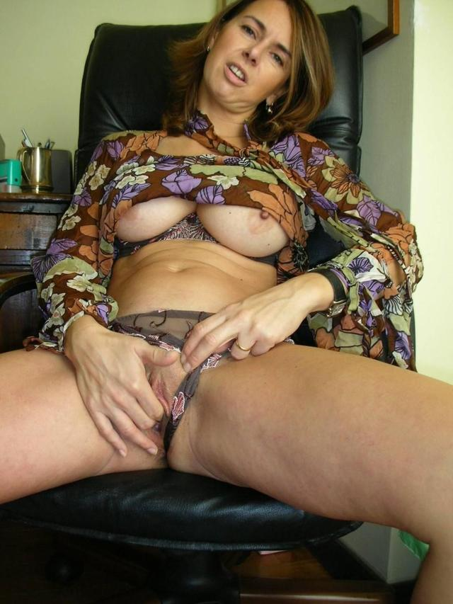 horny milf pics pictures milf horny