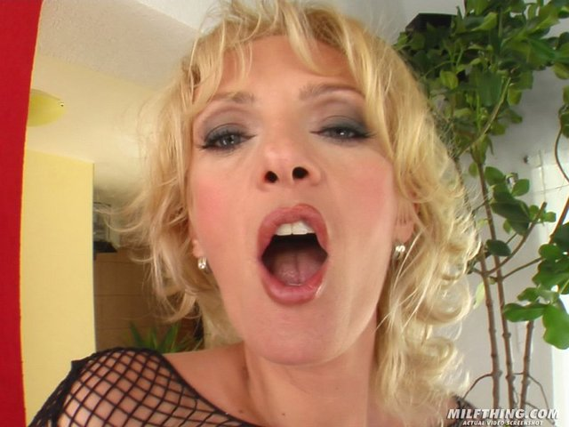 horny milf picture porn milf horny