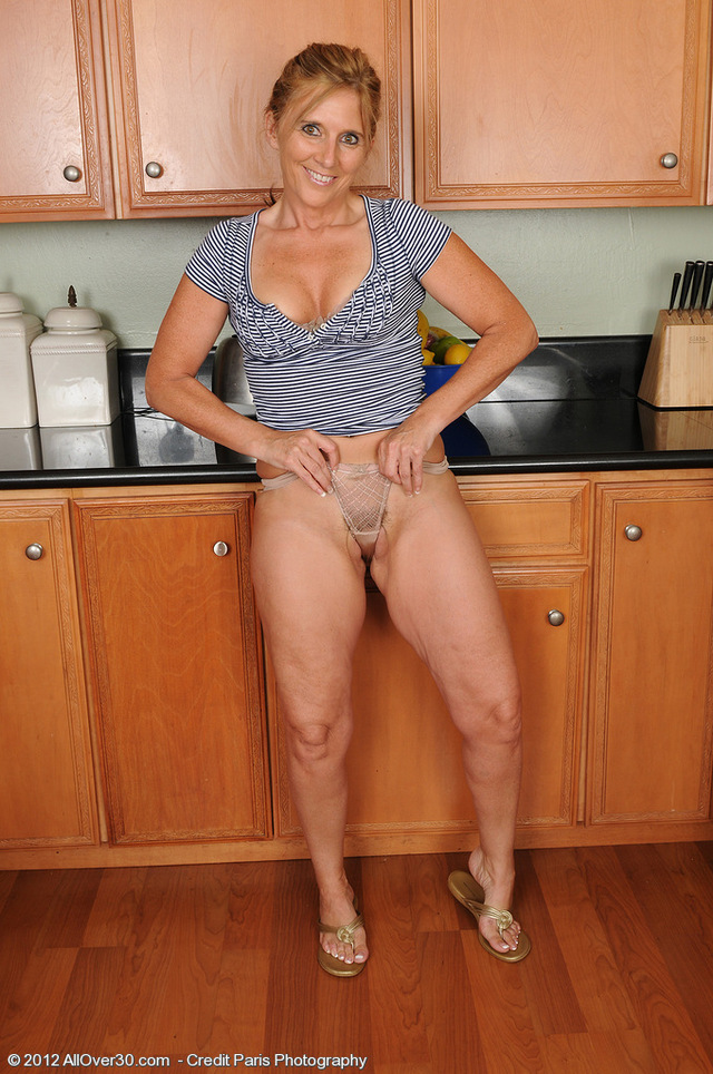 horny milf picture porn look milf over horny all good making very orange ripe