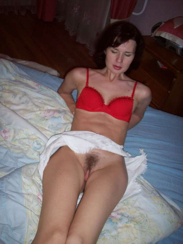 horny mom pic pictures mom dirty spreading wives legs horny from exposed camera daddys