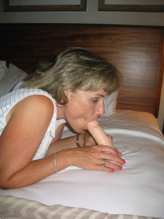 horny older porn woman older young horny sexy ladies aaa