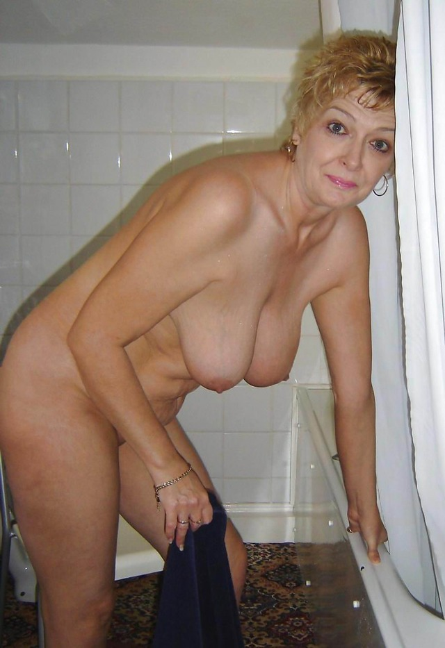 horny older porn woman nude porn pictures woman galleries old sluts dirty horny scj years want they
