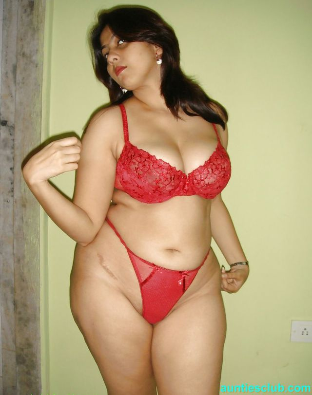hot housewife porn pics indian hot sexy housewife bra red mallu chuchi