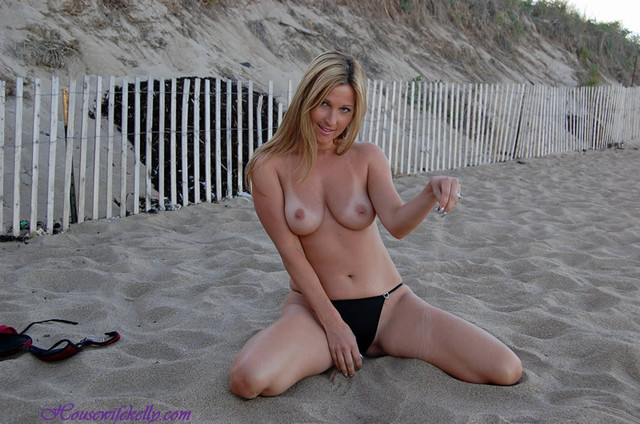 hot milf images mature porn milf photo hot housewife kelly anderson