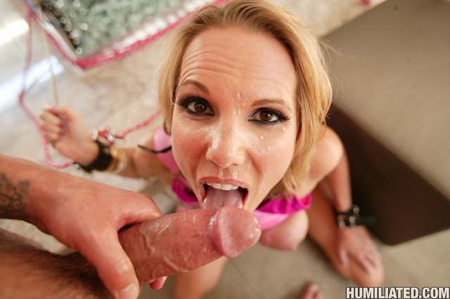 hot milf porn gallery milf pic hot fucked milfhumiliation disgraced