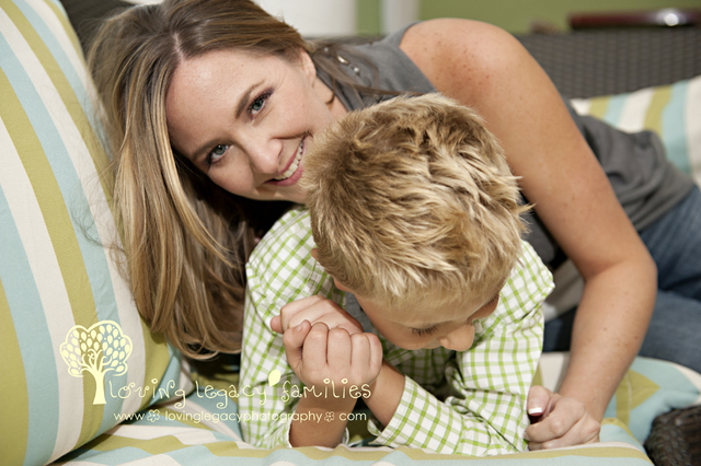hot mom pics loving family portraits modern legacy naples