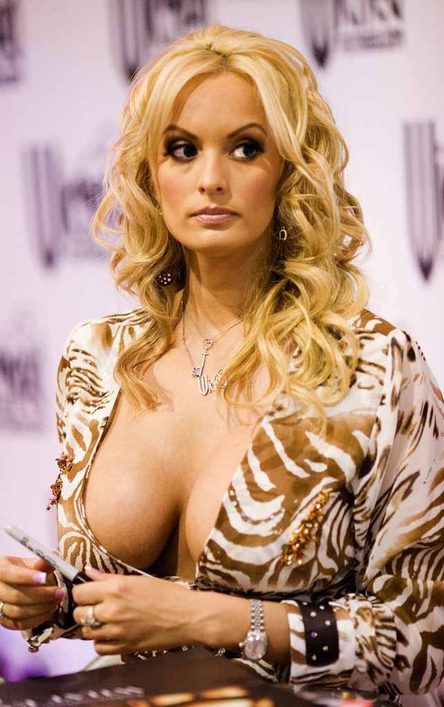 hot mom porn pics pictures stormy daniels