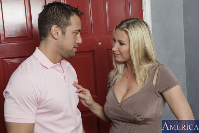 hot moms gallery galleries picture large gallery lee devon output mfhm unified devonjohnny