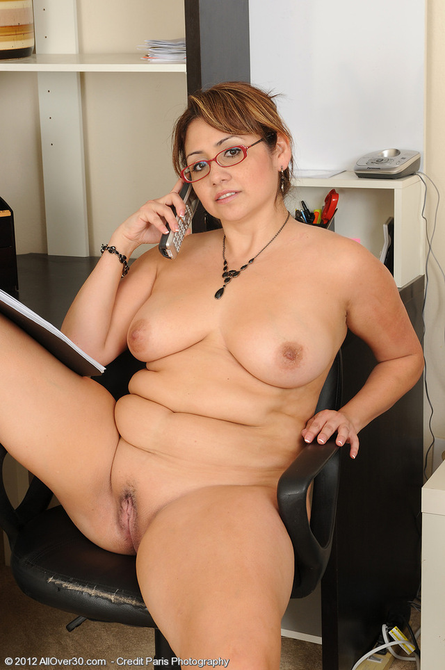 mature naked woman