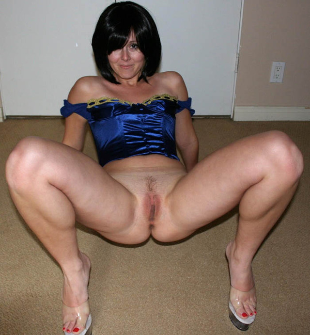 pics amateur pussy nude original naked fuck brunette wife hot sexy ...