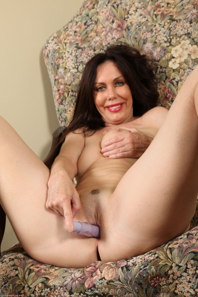 hot older porn woman mature photos older woman hot panties fetish feet nancy showcase foot vee showcases delights