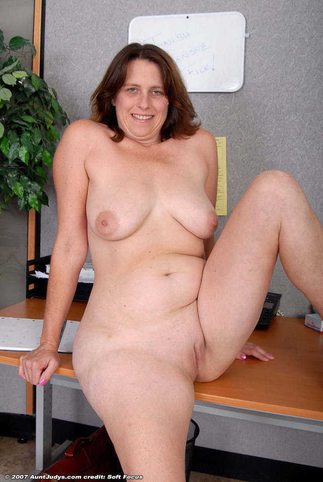hot sexy mom s old hot sexy moms tikitak pictky