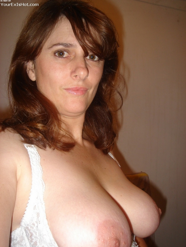 hottest milf photos free milf tits hot huge housewife topless flash selfshot