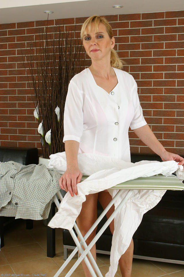 housewife in mature porn mature porn blonde photo housewife elizabeth ironing