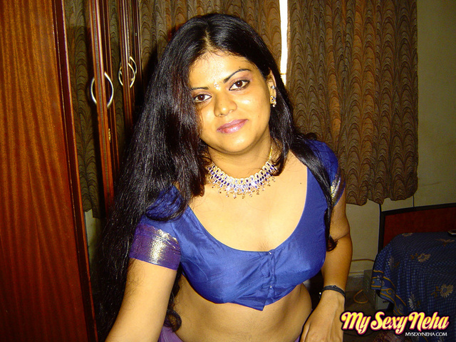 housewife porn picture galleries pic gthumb mysexyneha neha nair sati savitri srv