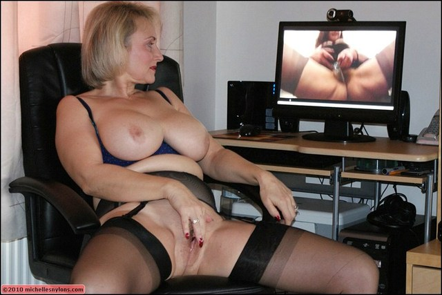 huge mature tits porn mature porn milf blonde tits stockings horny heels masturbates high office european