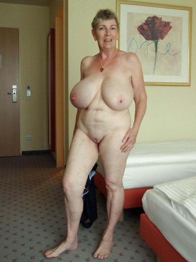 google huge tit mature porn № 76674