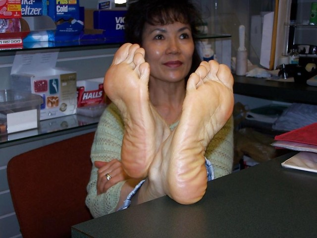 mature asian porn mature porn photo asian more looking soles