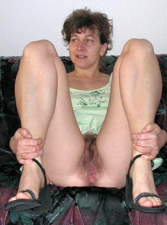 A very dirty mother daughter arrangement 7