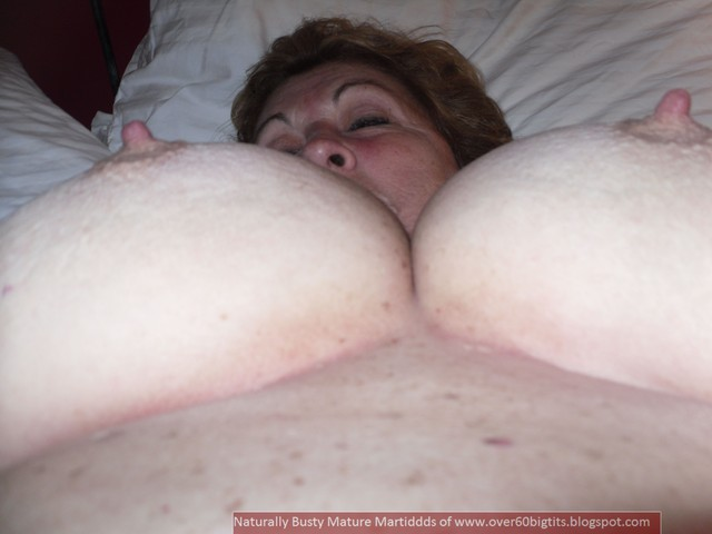 mature hard porn amateur mature porn pictures tits hard natural cup nipples pancakes