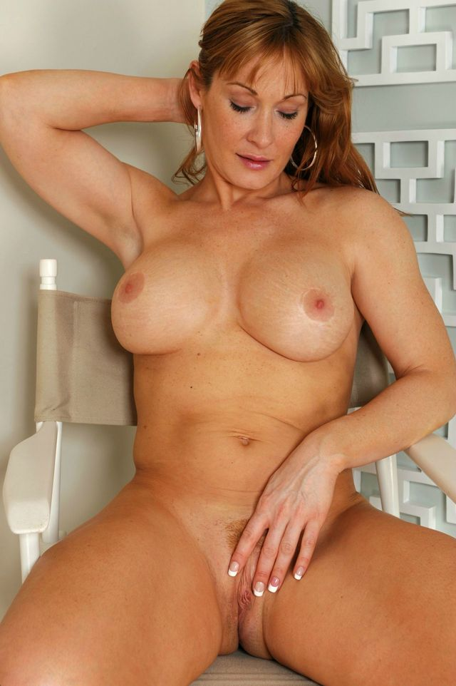 mature naked pic porn redhead have seat vnje