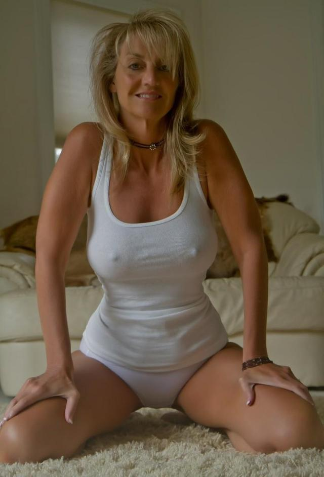 mature perfect porn media original mom panties white breasted tight perfect tank