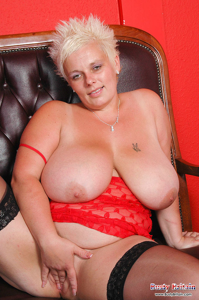 mature pic porn star mature porn fucking star giving tits from milk