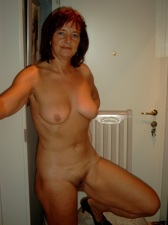 mature porn gallery amateur mature nude porn pics old photo more joëlle