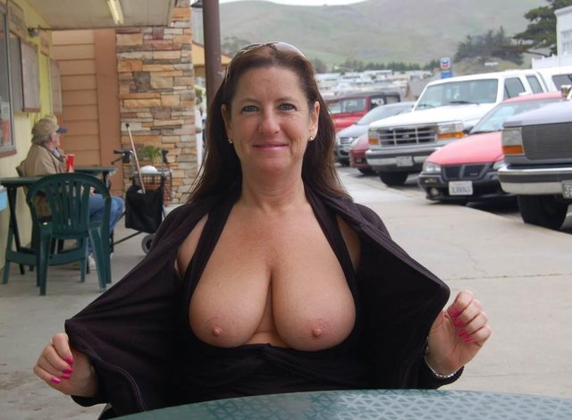 mature porn pic mature homemade busty