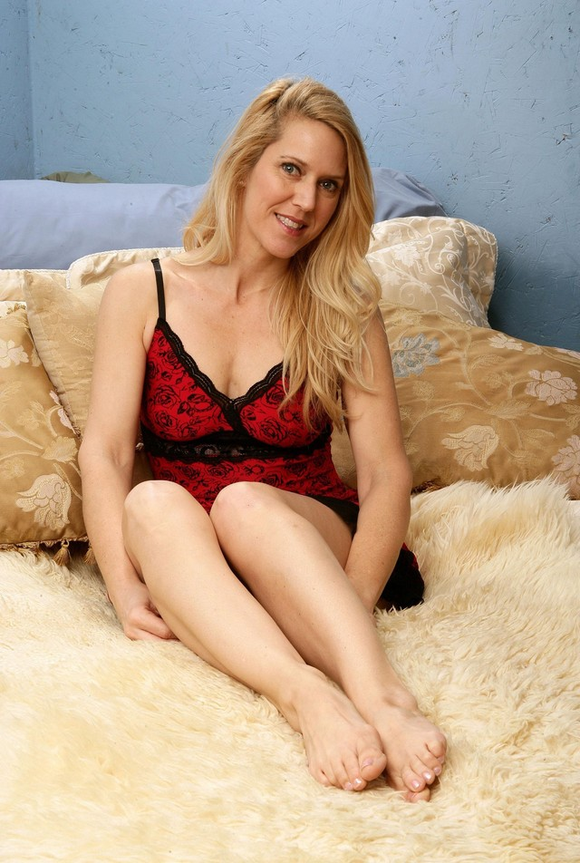 mature porn saggy mature pussy hairy tits saggy blond pretty