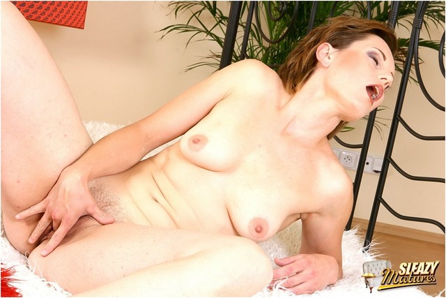 mature porn sleazy pictures galls sleazymat
