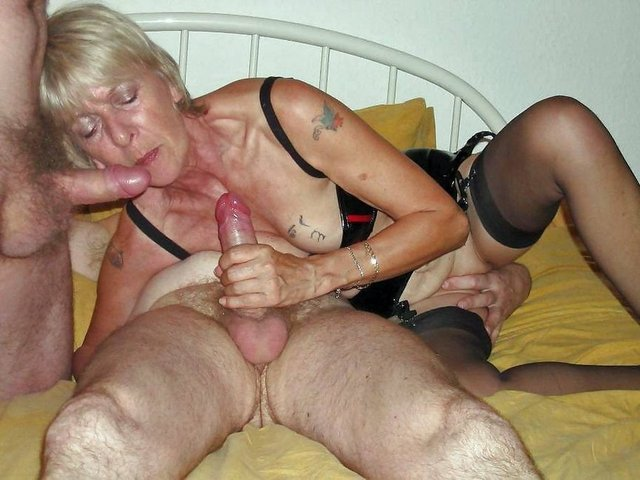 Mature swinger party galleries