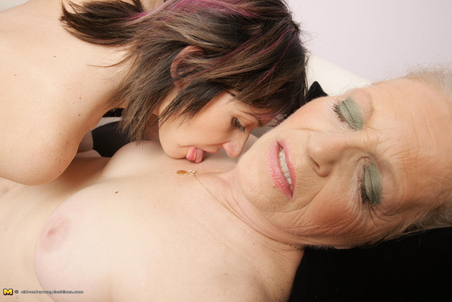mature vs young porn lesbian mature pictures old young lesbian all huge lesbians only taboo rainpow