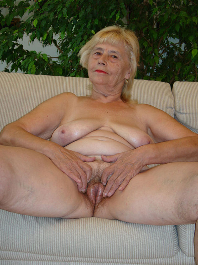 old grannie porn porn video old gallery granny very dae
