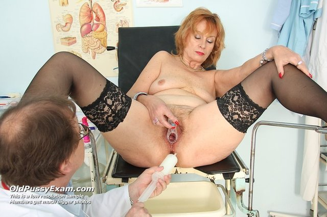 old porn pussy exam oldypussyexam