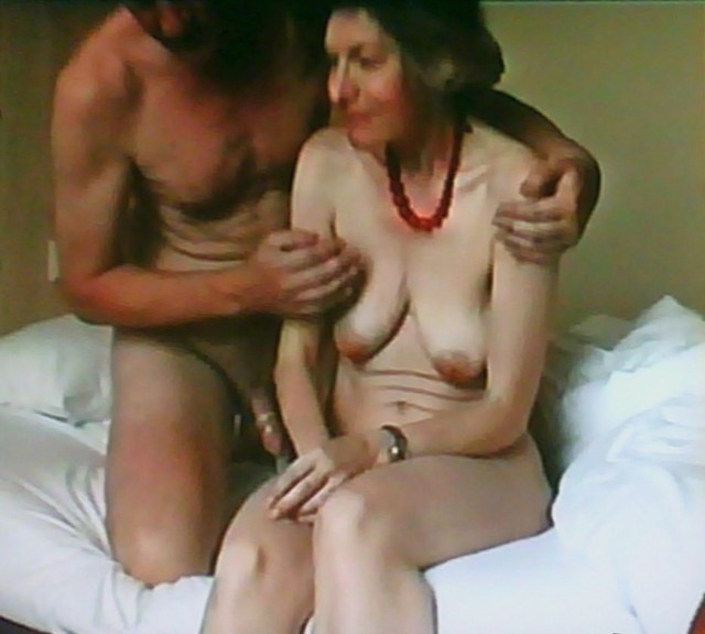 First fuck in senior residence erster fick im altersheim