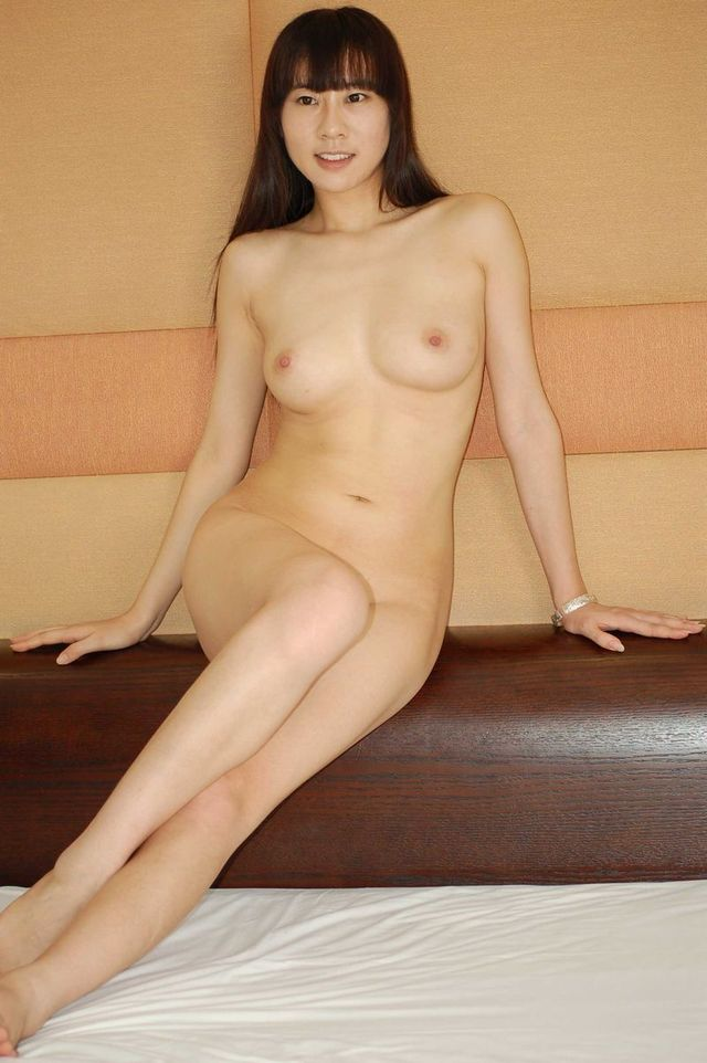 older asian porn amateur nude asian model room hotel posing blogspot gutter uncensor