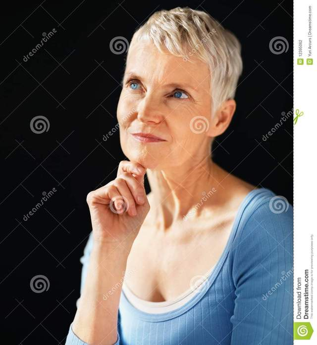 older wemon porn nude porn older woman women looking thinking text