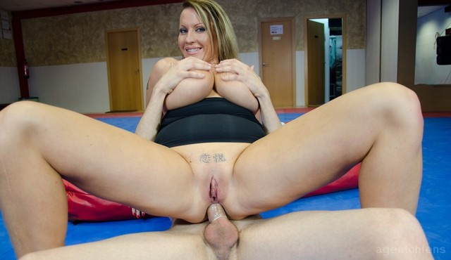 older woman adult porn ass milf torrent gets fucked laura training cstxp lcvrb porelchiquito