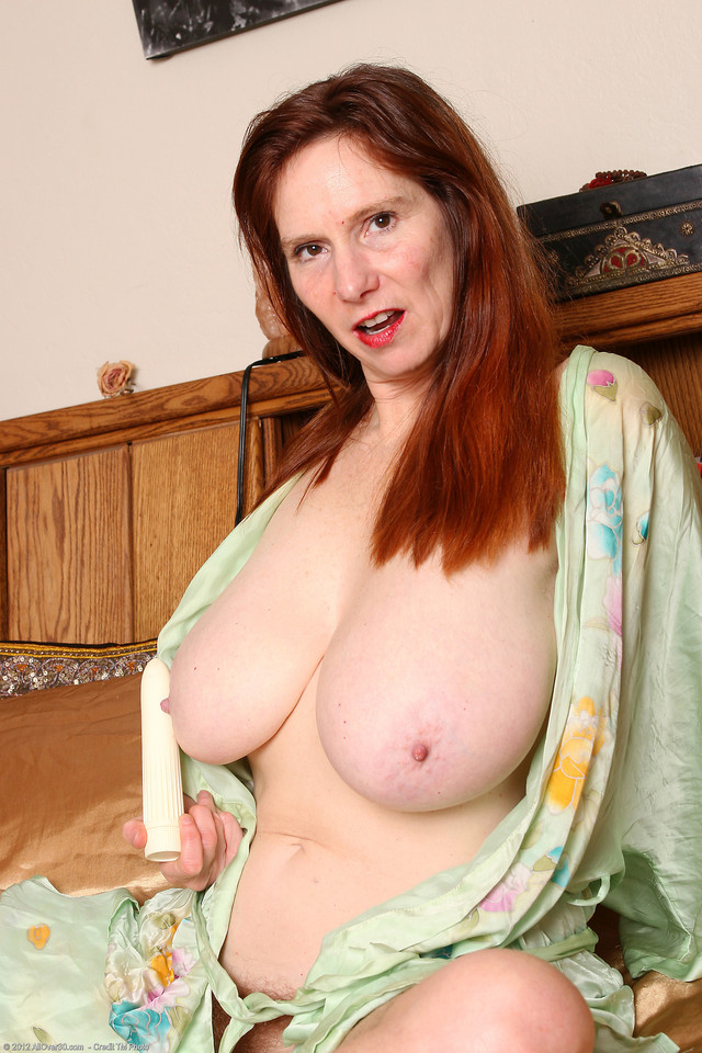 older woman xxx porn media original milf redhead furry breeze bre