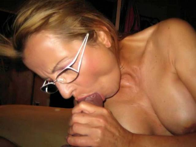 older woman younger woman porn mature older women younger spreading their boys dominant