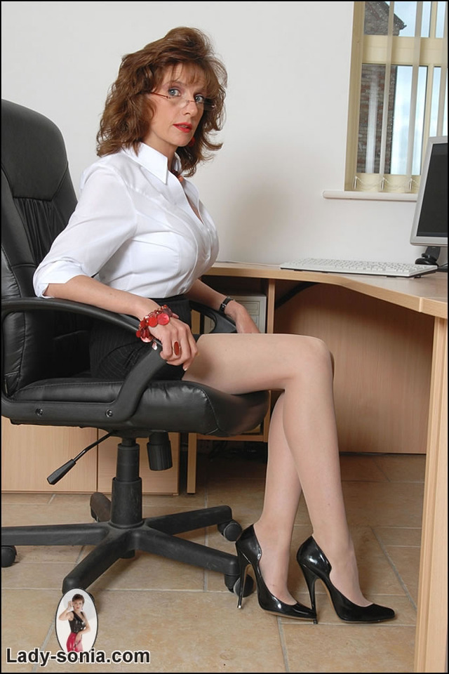 pantie hose porn mature lady mature porn pictures gallery japanese sexy pantyhose sonia from office secretary