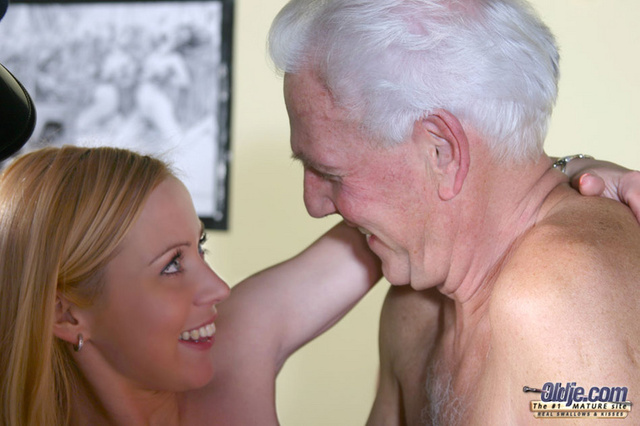 young and old sex porn porn galleries pic gthumb mandy works oldje museum srv