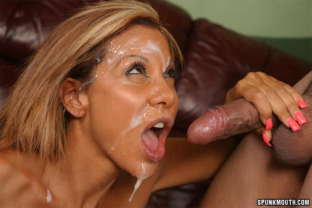Busty latina mature tiana rose pleasuring fat cock and getting facial