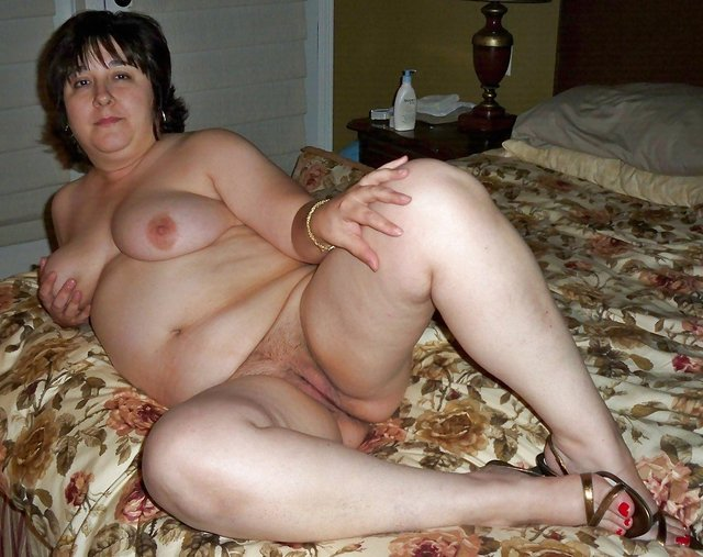 should stallion dick masturbate busty mom Jewels
